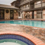 Best Western Plus Lincoln Sands Oceanfront Suites Outdoor Pool and Hot Tub