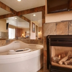 Best Western Plus Lincoln Sands Oceanfront Suites Whirlpool and Fireplace