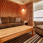 Best Western Plus Lincoln Sands Oceanfront Suites Suite Living Room