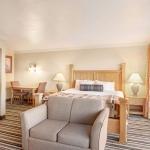 Best Western Plus Lincoln Sands Oceanfront Suites Hotel Room