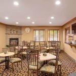 Best Western Plus Lincoln Sands Oceanfront Suites Breakfast Area